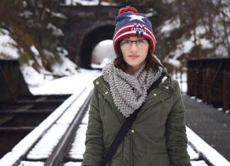 Zimowy płaszcz na futrze